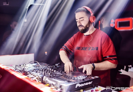 Sanya Dymov ft. PartyHub show
